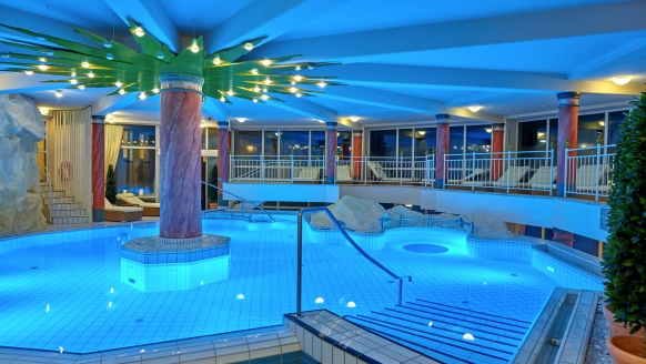 Thermenhotel Viktoria in Bad Griesbach, Thermalpool